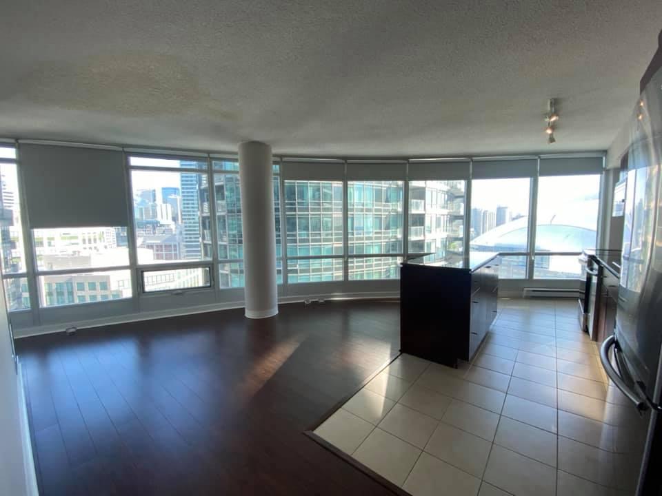 One bedroom condo 373 Front Street West in Toronto